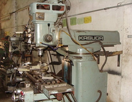 Máy gia công CNC KASUGA - Cơ khí chính xác