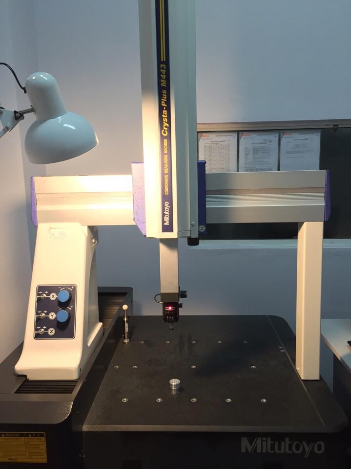 Máy đo 3D CMM